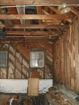 interior of garage, early deconstruction, 2006-11-15