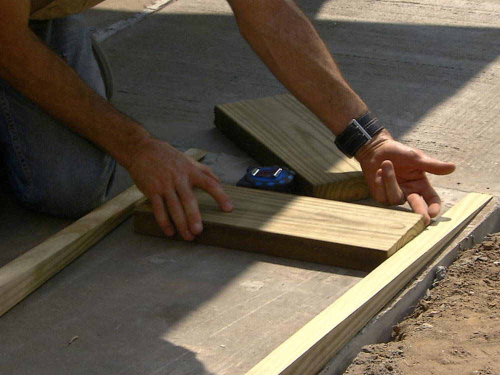 how to build a wheelchair ramp with plywood